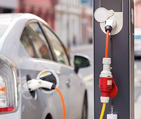 electric, hybrid or diesel vehicle refueling
