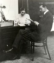 Stenographer taking dictation, Toronto, Main Branch, c. 1908. Photograph from the Lawrence Boyd Cecil McMann Collection.